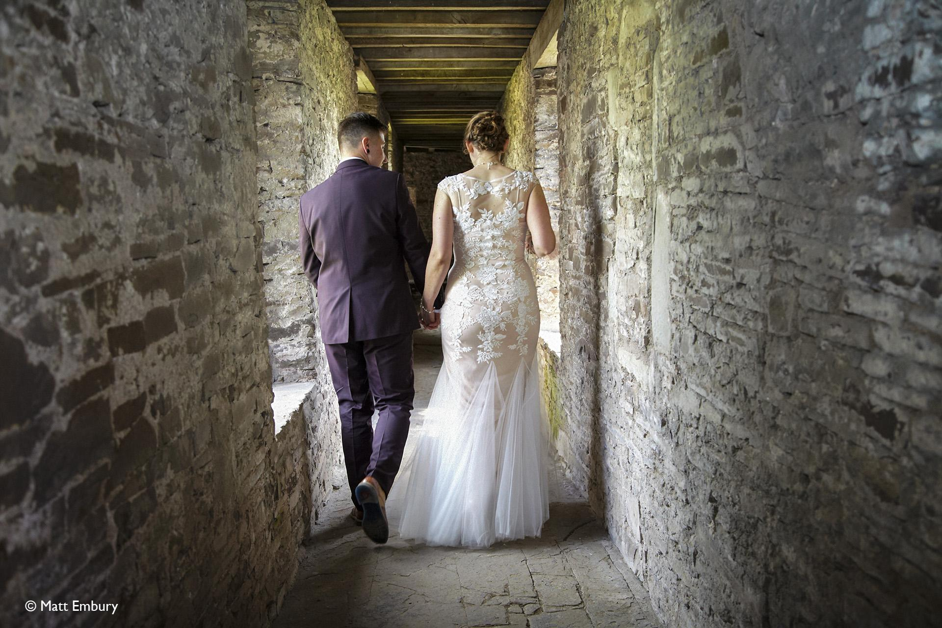 Priodas yn Llys Tretŵr/Wedding at Tretower Court